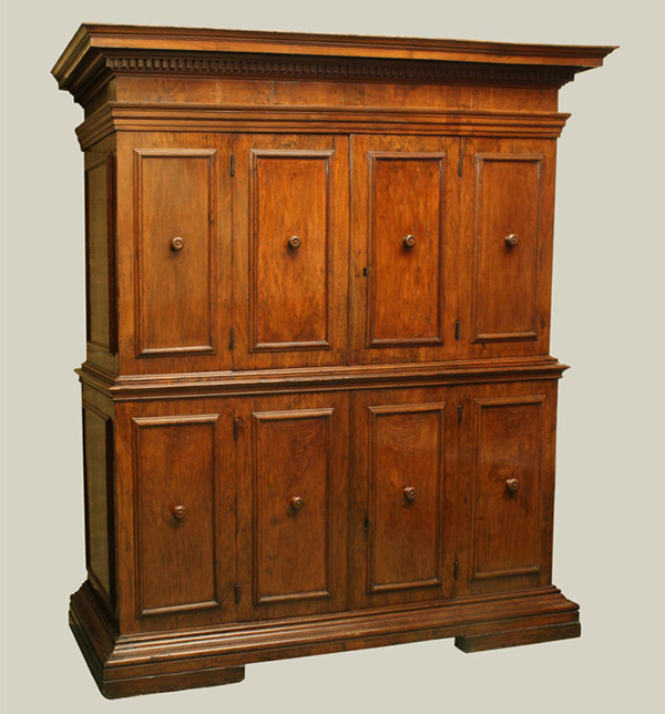 Northern Italian Baroque Period Walnut Doppio Corpo