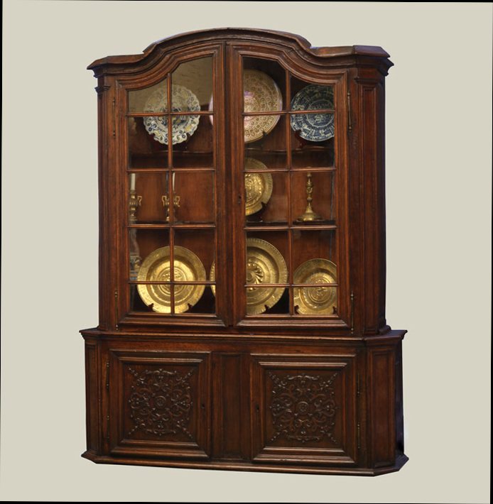 Dutch Oak Deux Corp Cabinet