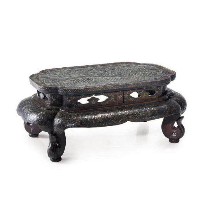 Chinese Mother of Pearl Scholars Table